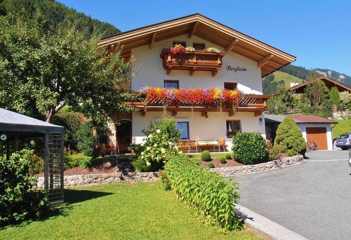 Ferienwohnung mit Garten, Trampolin und herrlicher Aussicht