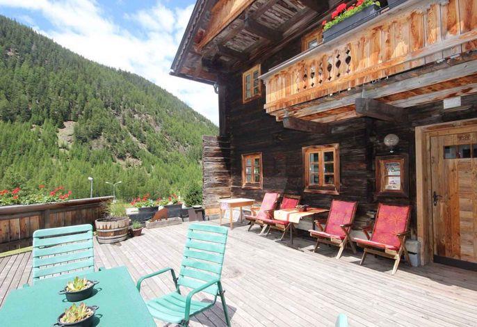 Ferienwohnung in einem über 300 Jahre alten Holzhaus