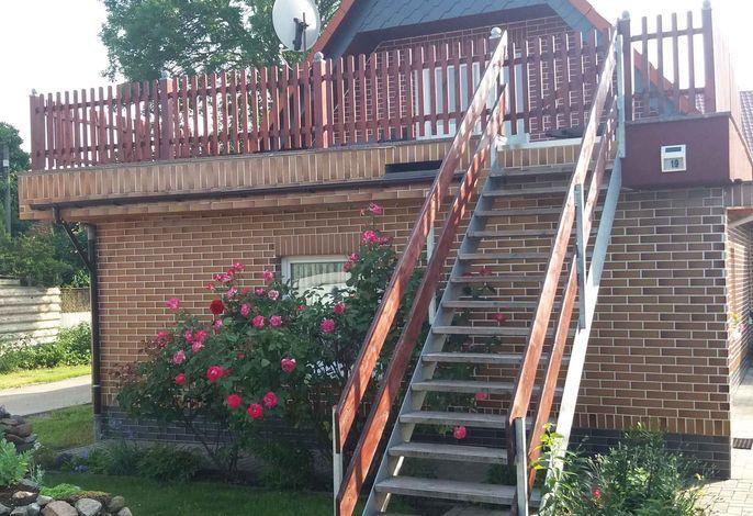 Ferienwohnung mit Terrasse und Grillmöglichkeit im Garten