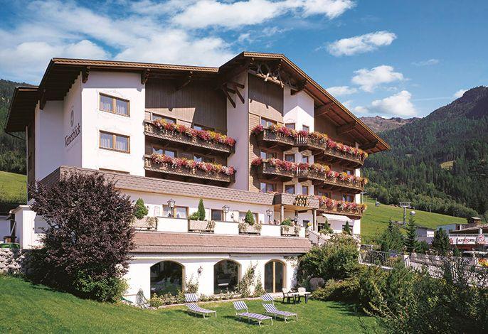Das Wohlfühlhotel Venetblick liegt auf einem sonnigen Hochplateau oberhalb von Jerzens.