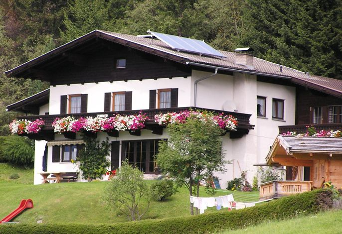 Haus Adi