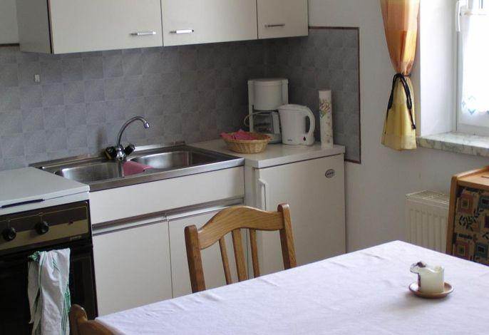 Parterre: Wohnküche: Lavendel
