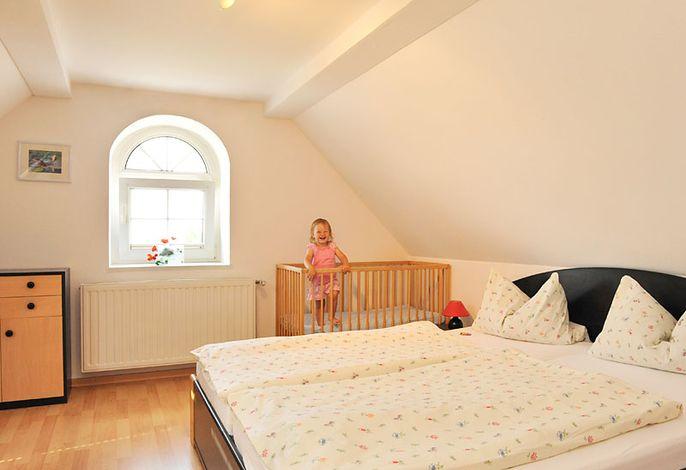 Große FeWo - Schlafzimmer