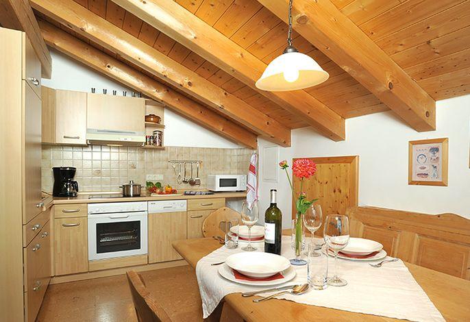 Küche mit Essecke.jpg