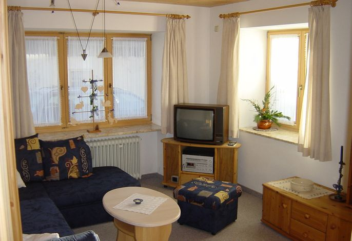 Wohnzimmer der Wohnung im Erdgeschoß der Ferienwohnung Contardo