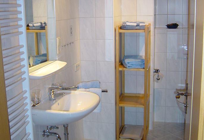 Bad der Wohnung im 1. Obergeschoß der Ferienwohnung Contardo