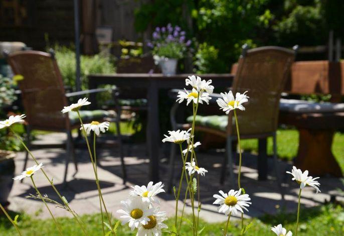 Terrasse im Sommer