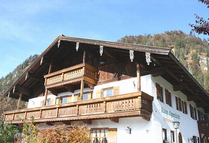 Haus Alpenlicht im Sommer