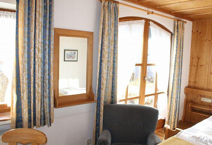 Schlafzimmer im Haus Alpenblick