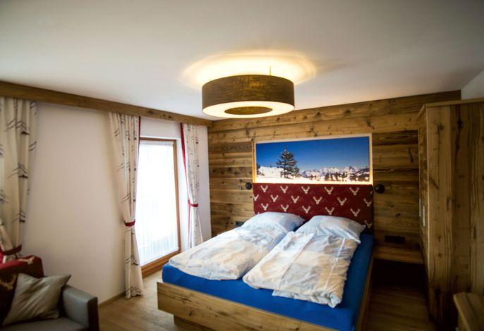 Dreibettzimmer Röhrender Hirsch Doppelbett