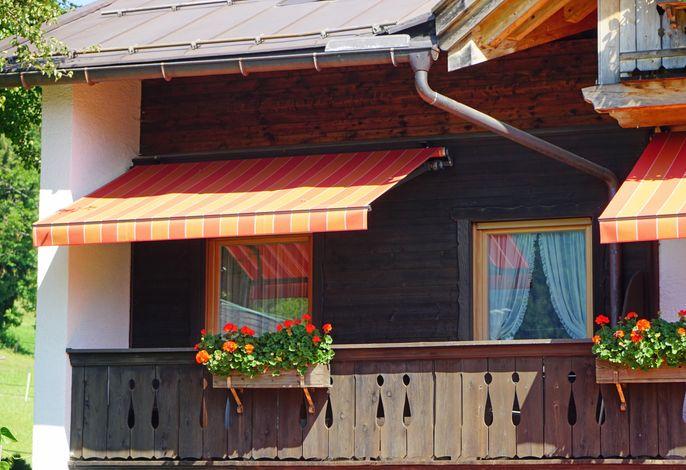 Haus Zauner Balkon Röhrender Hirsch Westseite