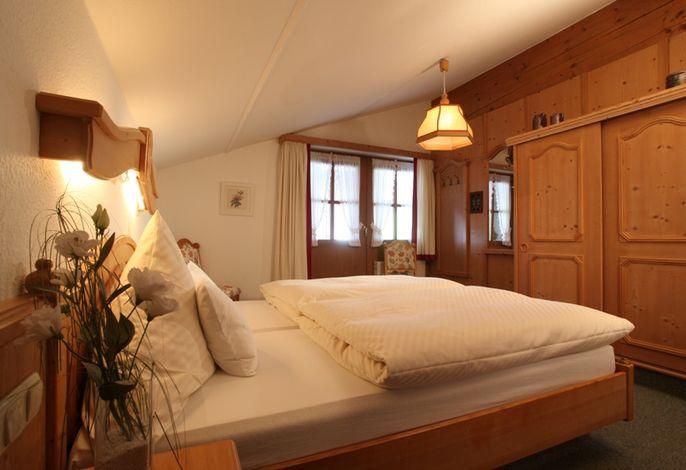 Schlafzimmer FeWo Geigelstein