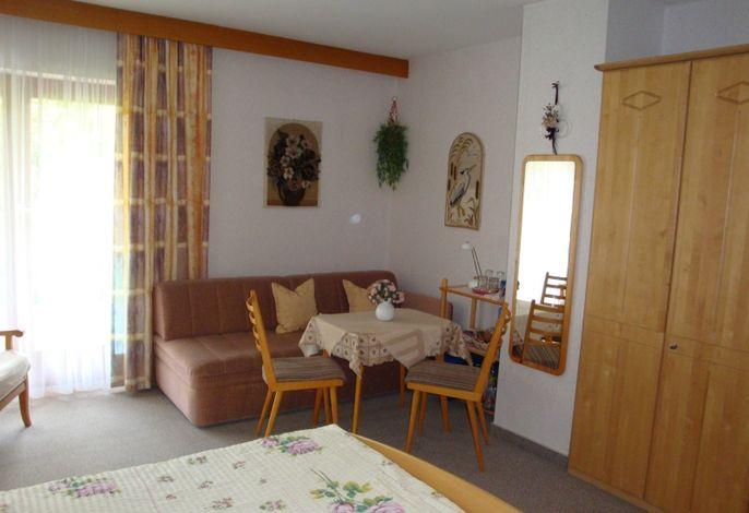 Dreibettzimmer Nr. 2