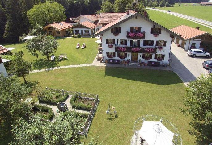 Gästehaus Lechner und Chalet Oachkazl