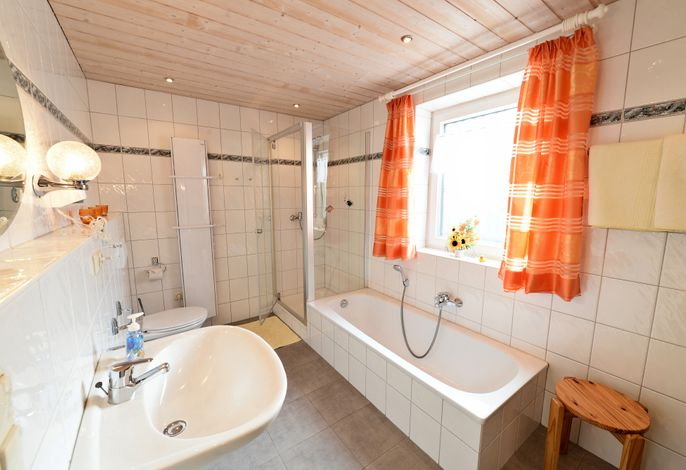 Gästehaus Mona-Lisa F/Z (DE Grabenstätt) - Pertl Kreszenzia - 2090