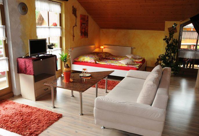 Wohnzimmer/Schlafbereich