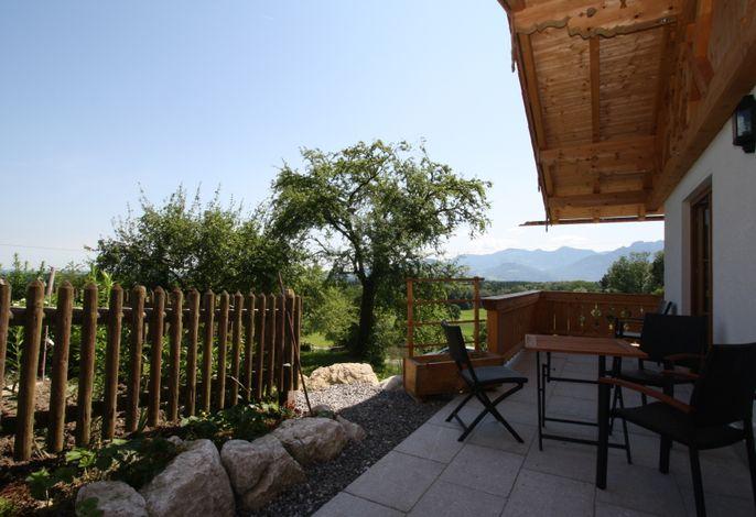 Terrasse mit einem wunderschönen Ausblick.jpg