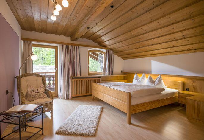 gemütliches Schlafzimmer in der 3-Zimmer-Ferienwohung
