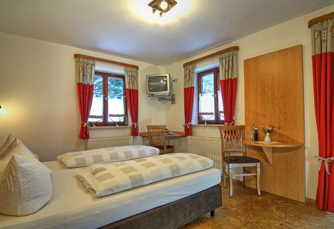 Doppelzimmer-11.jpg