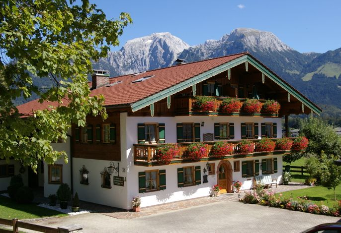 Hausansicht Gästehaus Almblick