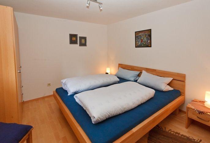 Schlafzimmer der Wohnung 1 (EG)