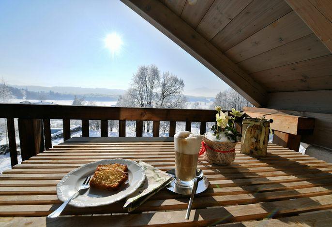 Kaffee auf der Terrasse in der Ferienwohnung Schenk