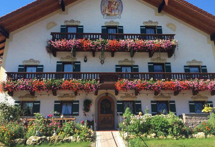 Der Kastnerhof - Blumenpracht im Sommer