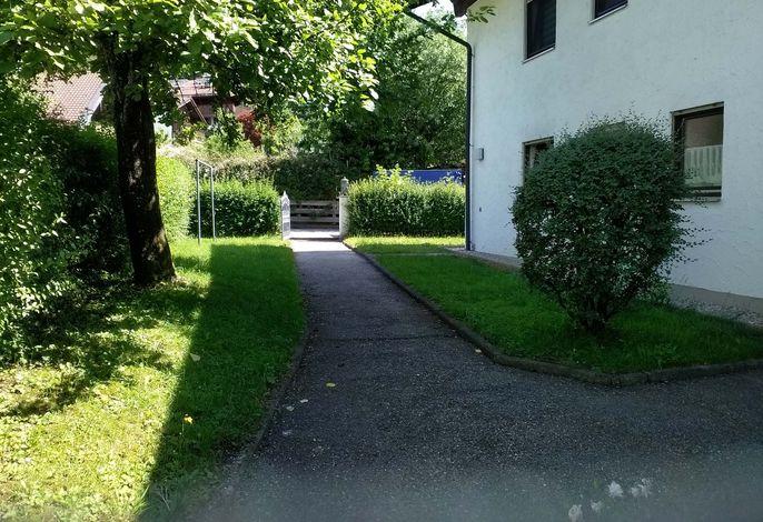 Weg zum Haus