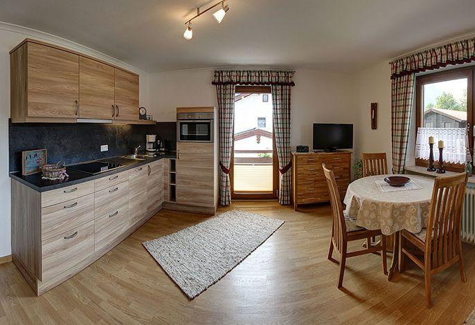 Wohnküche mit Essbereich