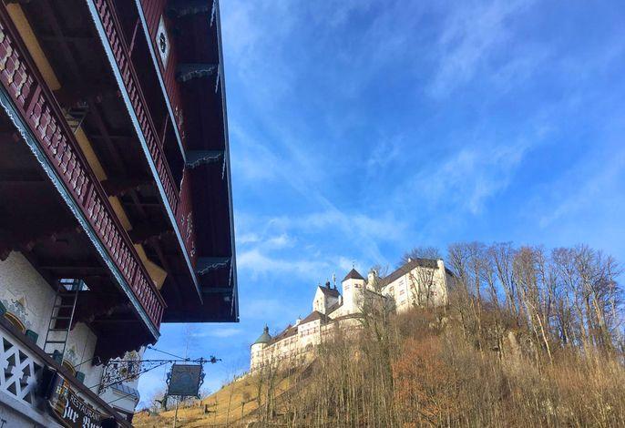 unterhalb Schloss Hohenaschau