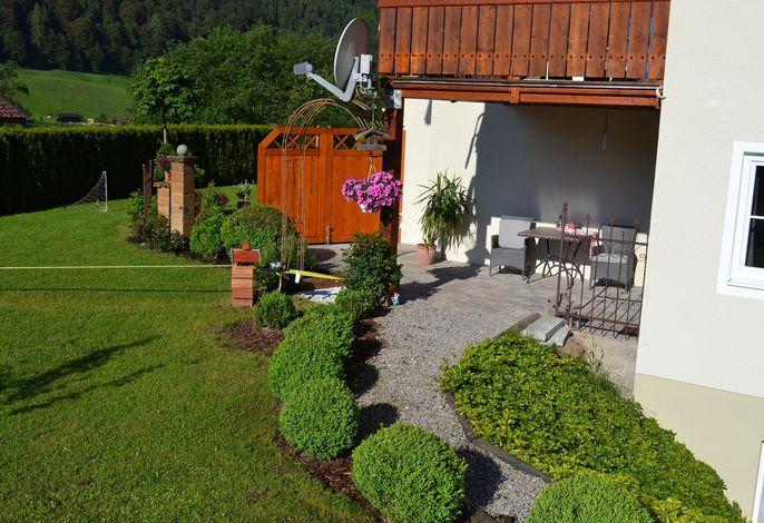 Hausansicht Watzmann-Appartement-Terrasse