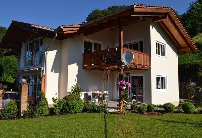 Watzmann-Appartement Hausansicht Osten