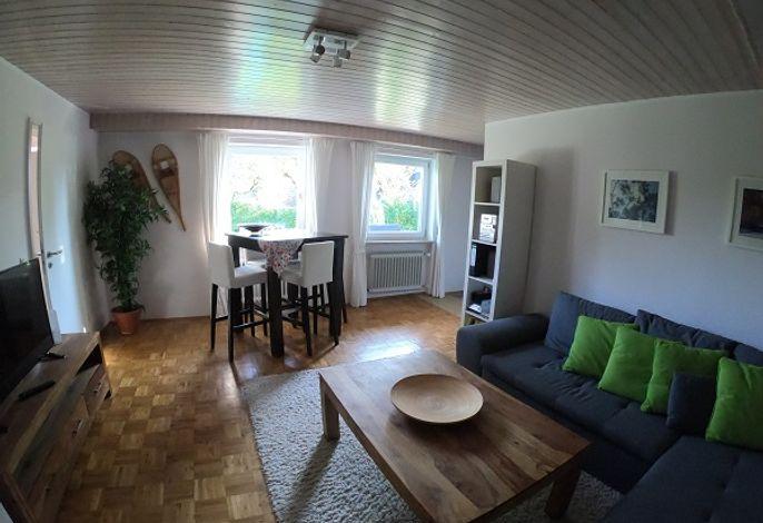 Wohnzimmer und Eßecke