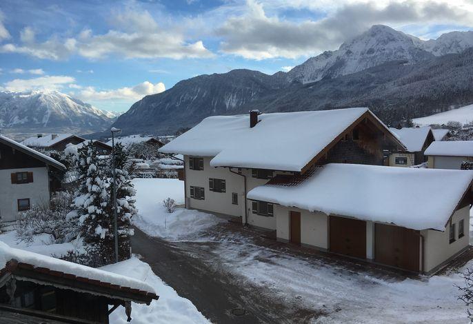 Genießen Sie von Ihrer Ferienwohnung aus einen sensationellen Bergblick zu jeder Jahreszeit!