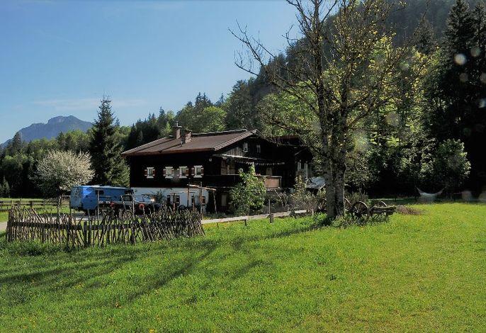 Gästehaus Gatterl zum See im Sommer.jpg