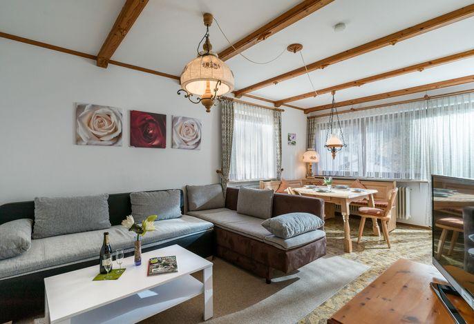 Wohn- und Essbereich in der Ferienwohnung Nr. C6