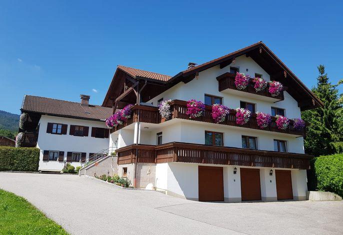 Das Haupthaus mit der Ferienwohnung
