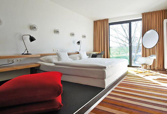 Designhotel ÜberFluss - Designzimmer Flussblick