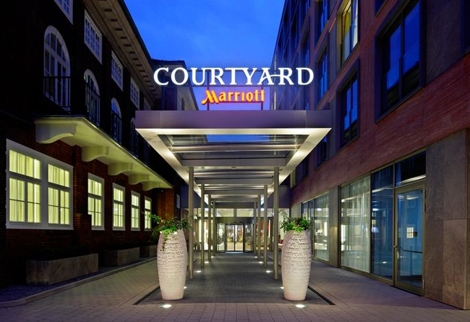 Courtyard by Marriott - Haupteingang