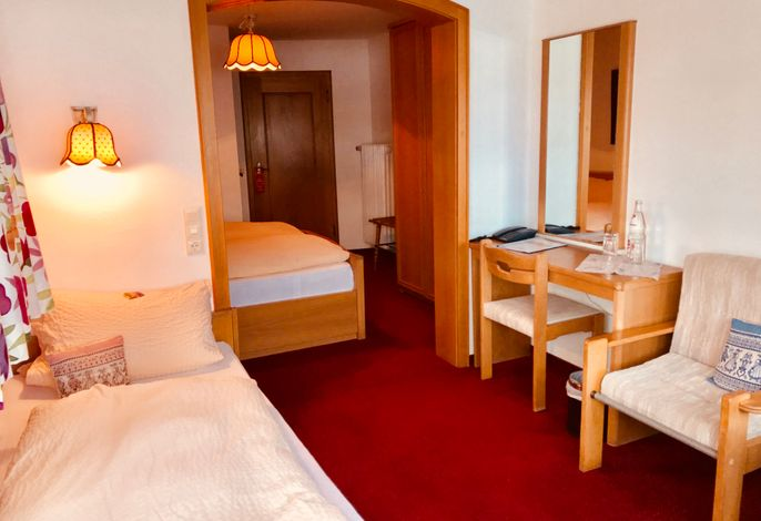 Hotel Zartenbach B&B, (Hinterzarten), LHS04577