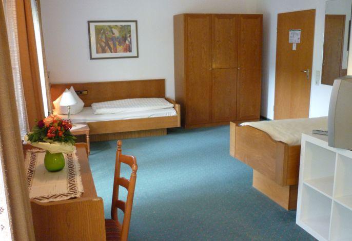 Basic Zweibettzimmer