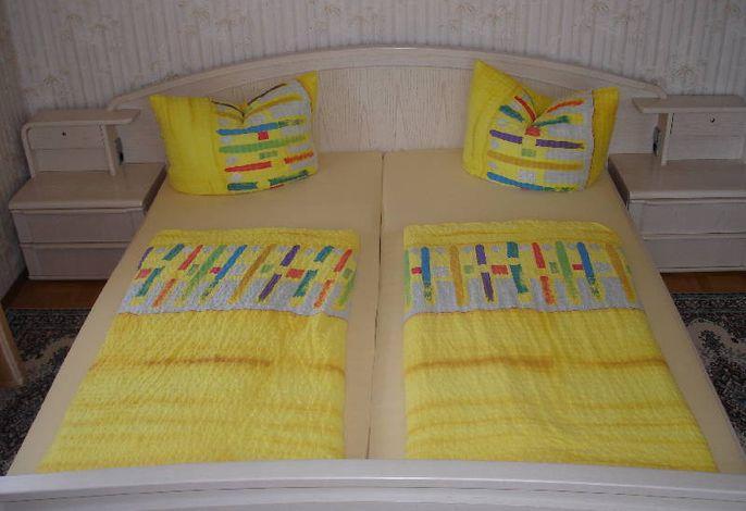 Doppel-Schlafzimmer in FeWo (EG)