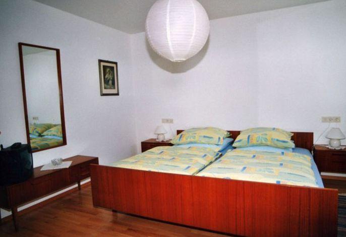 Schindler_Schlafzimmer.jpg
