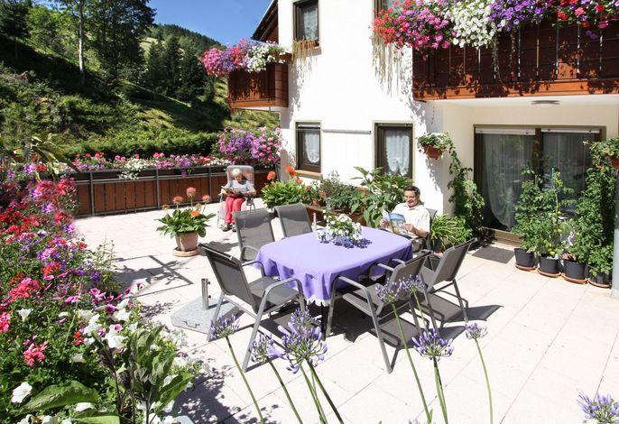 Terrasse beim Gästehaus