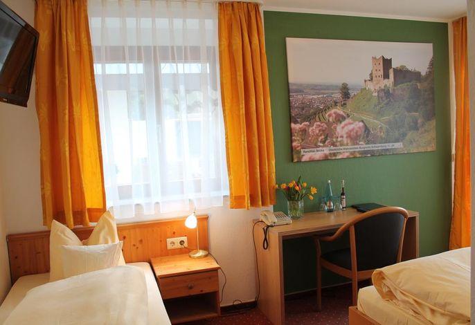 Hotel Restaurant Renchtalblick, (Oberkirch), LHS05121