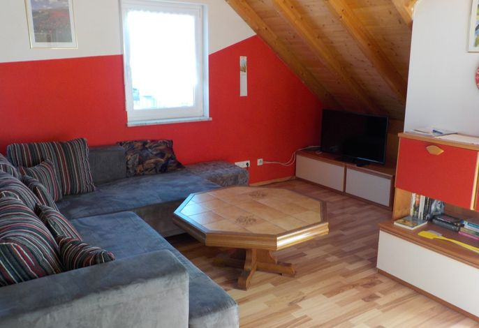 Wohnzimmer mit TV 42