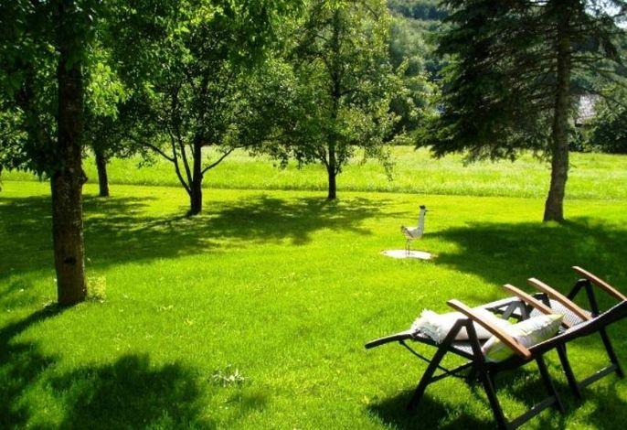 Garten mit Blick ins Grüne