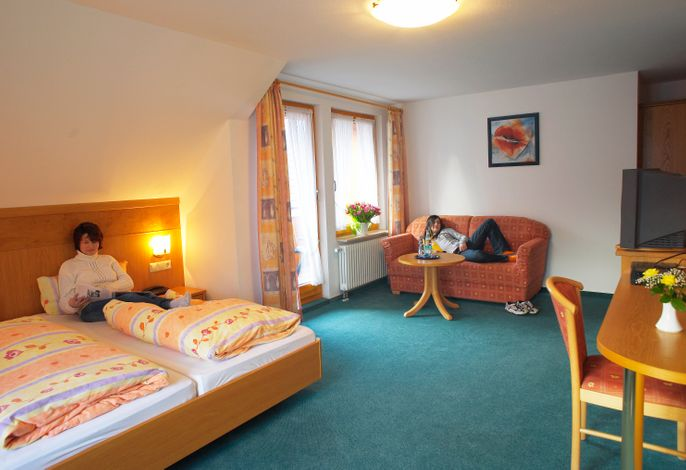 Beispiel         Zimmer 8