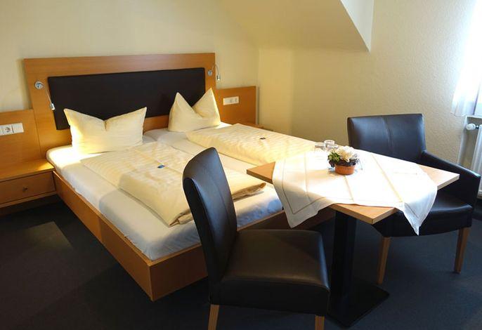 Hotel-Gasthaus Krone, (Immenstaad am Bodensee), LHS02430