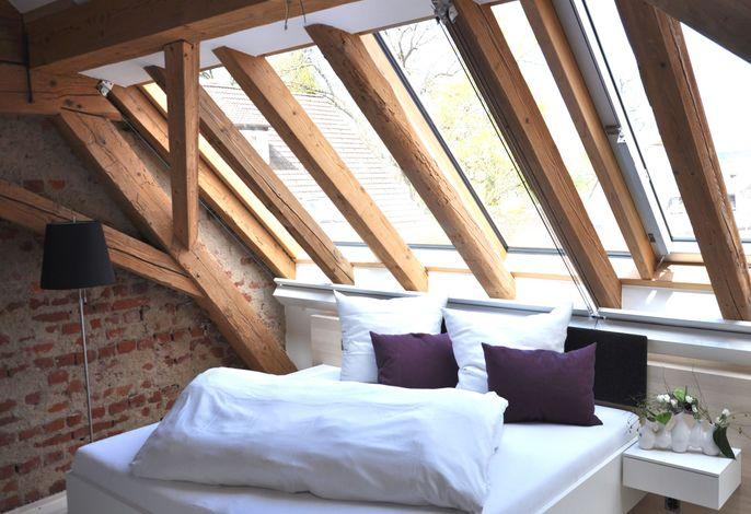 Die KRONE - Hotel Garni, (Kirchzarten), LHS 03970